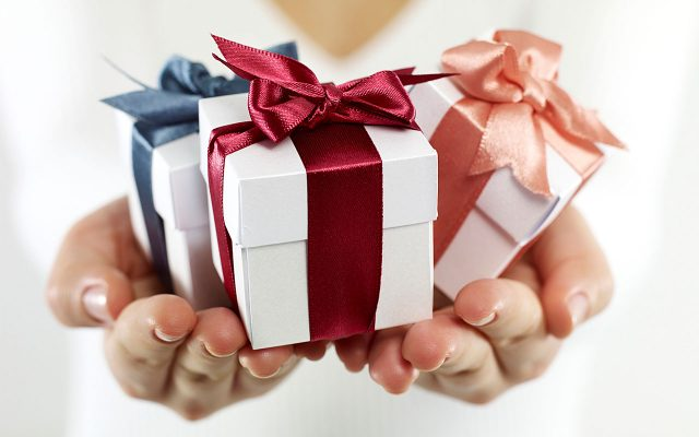 Best Gifts to Strengthen Your Relations with Special Ones