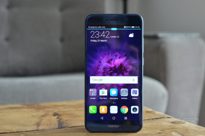 Honor 8 Pro-Best 4G Mobiles-android under 30000